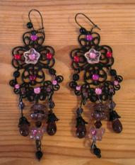 Boucles d'Oreille Noires et Violettes
